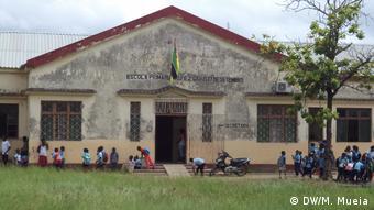 Bildergalerie Zambézias degradierte Schulen (DW/M. Mueia)