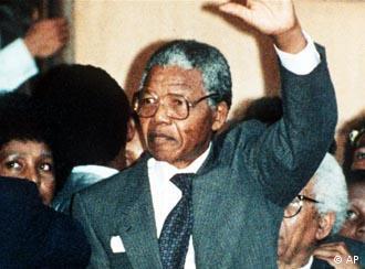 Nelson Mandela só seria libertado em 1990