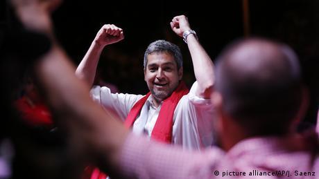 Президентом Парагваю обрали кандидата від правлячої партії Маріо Абдо Бенітеса