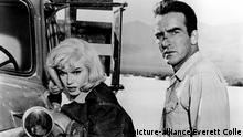 Filmstill - THE MISFITS, Marilyn Monroe, Montgomery Clift, 1961