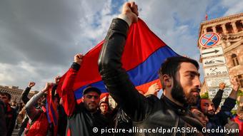 Протесты в Ереване из-за избрания Саргсяна премьером, 2018 год
