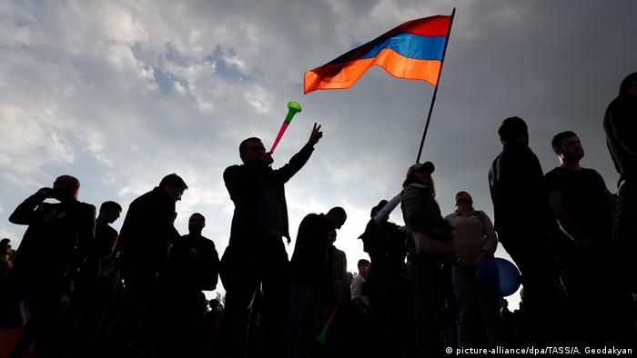 Protests in Armenia (picture-alliance/dpa/TASS/A. Geodakyan)