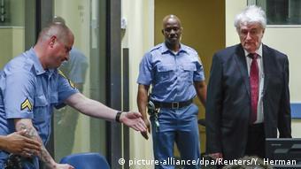 Holland Den Haag - Radovan Karadzic vor Gericht (picture-alliance/dpa/Reuters/Y. Herman)