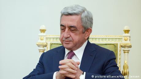 Прем'єр Вірменії Саргсян подав у відставку внаслідок тривалих протестів