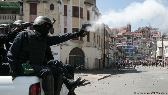 Rucktritt In Madagaskar Premier Solonandrasana Wirft Hin Aktuell