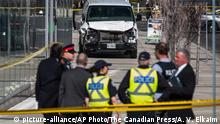 Kanada Wagen rast in Menschen auf einer Kreuzung in Toronto (picture-alliance/AP Photo/The Canadian Press/A. V. Elkaim)