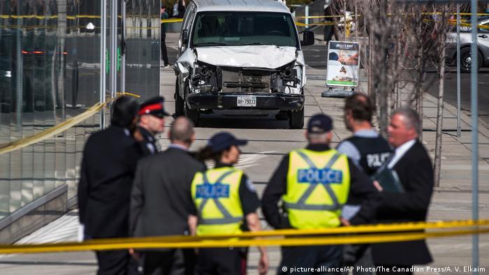 Полиция на месте происшествия в Торонто