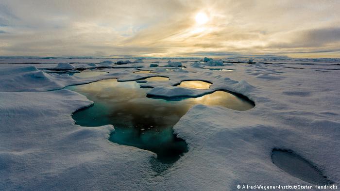 Polarstern-Expidition ARK XXVII-3 in die zentrale Arktis (Alfred-Wegener-Institut/Stefan Hendricks)