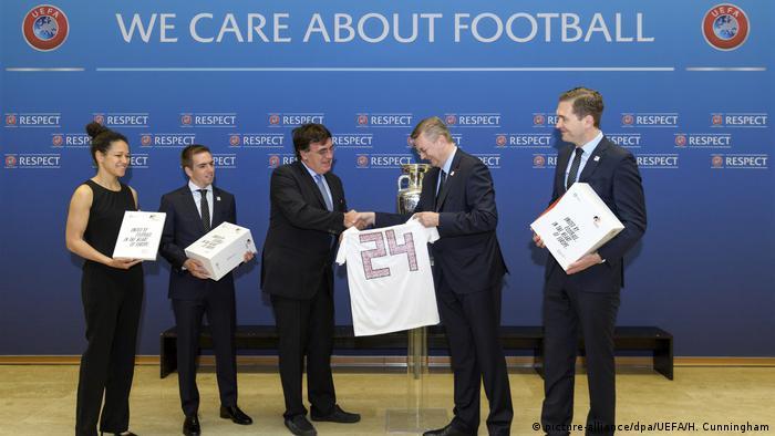 Німецька делегація подає заявку на проведення Євро-2024