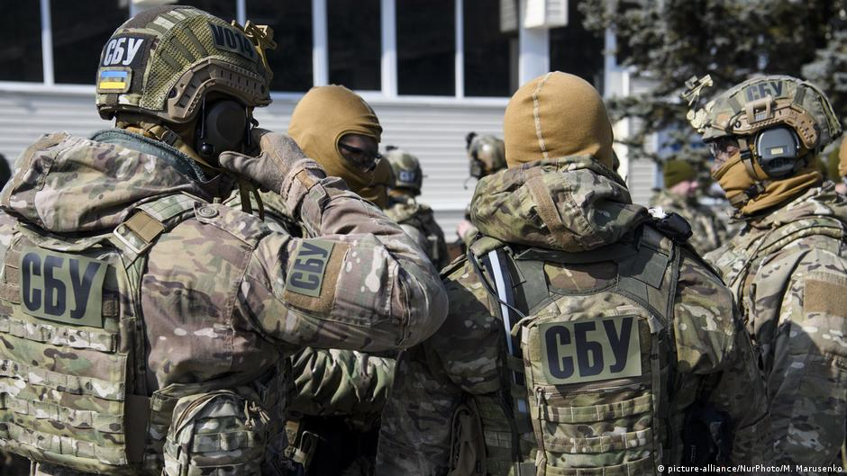 Працівнику «верховного суду ДНР» за знущання над Українськими полоненими світить 15 років.