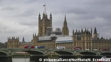 View of Palace of Westminster in London, UK, on 20 February 2018. Houses of Parliament. It hosts the two houses of Parliament of the United Kingdom, The House of Commons and House of Lords. Behind is the famous Westminster Abbey and in front of it is the famous Westminster Bridge over Thames river. Big Ben is also there but is under construction. The Palace of Westminster is in UNESCO World Heritage Site list since 1987. t was built in 1016, then demolished in 1834 due to fire and rebuilt between 1840 and 1870. Today the area is one of the most touristic in London as the building, Big Ben, Westminster Abbey, the bridge and the London Eye are all in the same area. (Photo by Nicolas Economou/NurPhoto) | Keine Weitergabe an Wiederverkäufer.