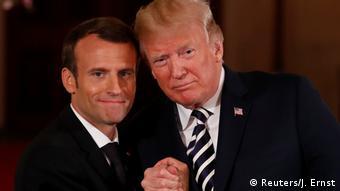 Ο Γάλλος πρόεδρος Εμμανουέλ Μαλρόν με τον ομόλογό του Ντόναλντ Τραμπ