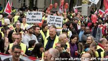 Berlin Anti Amazon Protest Springer Preis Bezos