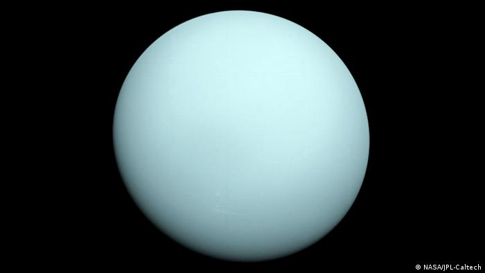 Photo of Uranus taken by Voyager 2 probe (NASA/JPL-Caltech)