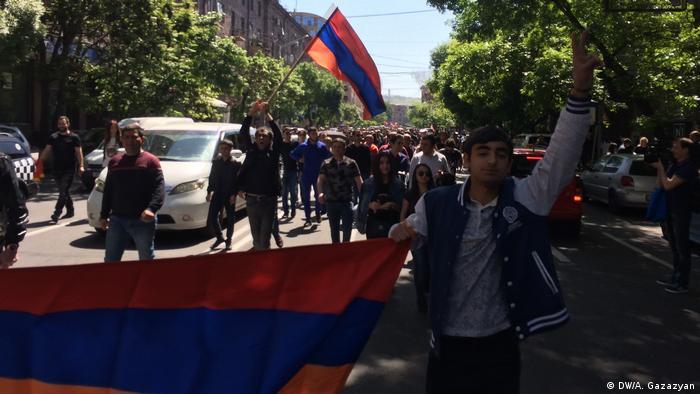 У Єревані тривають протести