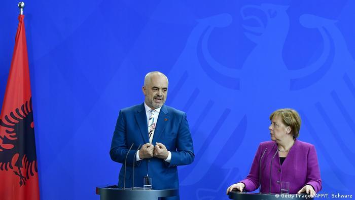 Edi Rama ve Angela Merkel (Nisan 2018)