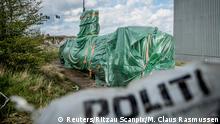 Tarp covered submarine belonging to Peter Madsen- UC3 Nautilus(Reuters/Ritzau Scanpix/M. Claus Rasmussen)