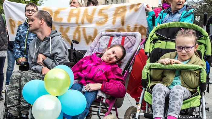 Polen Proteste vor dem Parlament