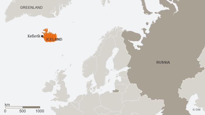 Nato and washington worry about russian subs in the high north a map showing iceland and europe gumiabroncs Gallery