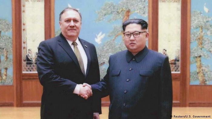 Mike Pompeo ve Kim Jong Un
