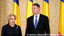 Viorica Dancila and Klaus Iohannis (picture alliance/AP Photo/V. Ghirda)