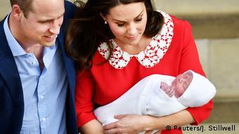 England Im Royal Fieber Prinz Louis Wird Getauft Lebensart Dw