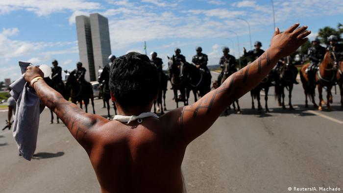 """Protesto de indígenas em Brasília em abril: a situação vai de mal a pior"""", diz ONG"""