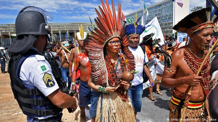 A group of indigenous people protesting in Brazil (Getty Images/AFP/C. De Souza)