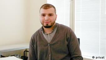 Hicham Abidi, Sozialberater (privat)