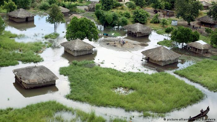 Aerial view of the Zambeze Valley flooded by the Zambeze River in Mozambique, January 2008