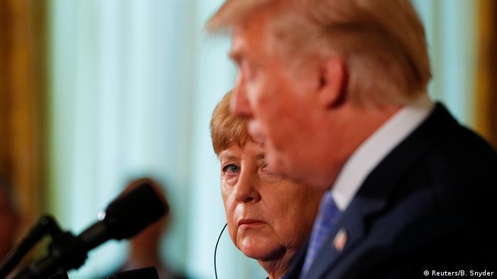 Merkel em visita à Casa Branca em 27 de abril