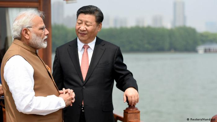 Indian PM Narendra Modi and China President Xi Jinping (Reuters/Handout)