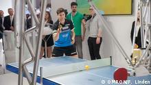 23.04.2018 Hannover - Tischtennis Roboter Forpheus auf Hannover Messe