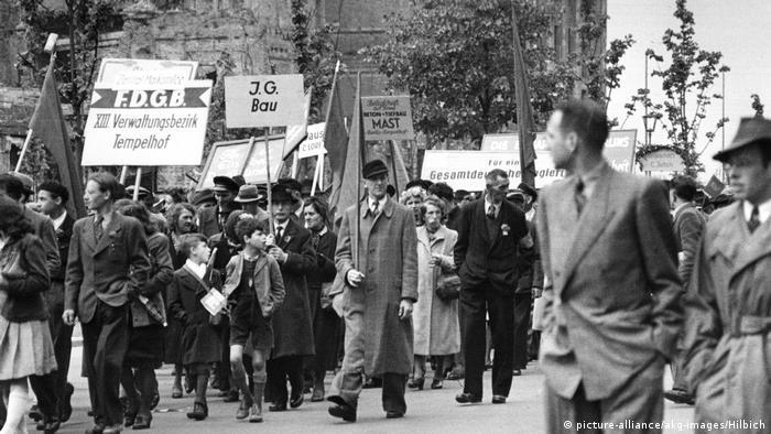 1 травня 1949 року в Східному Берліні