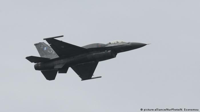 Greek F-16 fighter jet