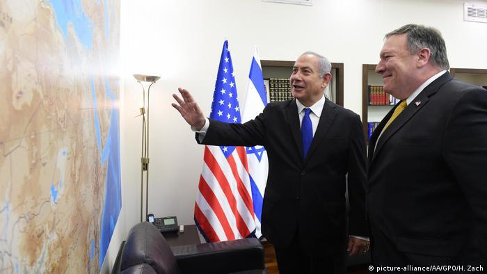 Israel Tel Aviv Mike Pompeo bei Benjamin Netanjahu (picture-alliance/AA/GPO/H. Zach)