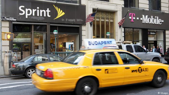 USA New York Sprint und T-Mobile Filialen (Imago)