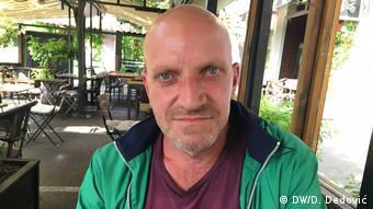 Igor Mitrovic serbischer Arbeiter und politischer Aktivist (DW/D. Dedović)