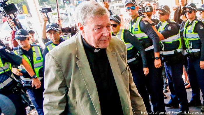 Australien Kardinal George Pell vor Gericht in Melbourne (picture-alliance/AP Photo/A. B. Ratnayake)