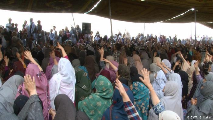 Pakistan Quetta - Hazara Gemeinde bei Protesten (DW/A. G. Kakar)