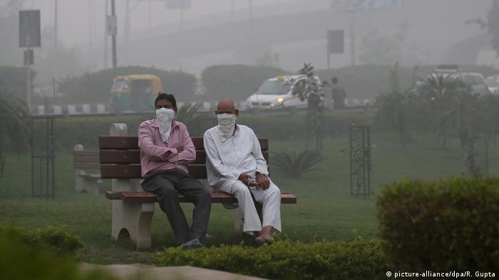Indien Neu Delhi Luftverschmutzung (picture-alliance/dpa/R. Gupta)