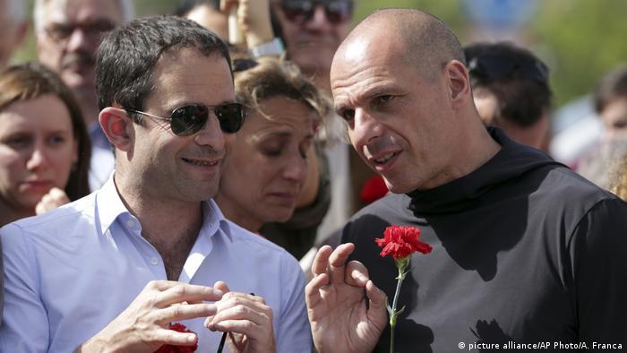 Yanis Varoufakis bei Gedenkmarsch an die Nelkenrevolution in Portugal