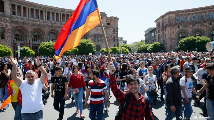 Armenien Opposition Protest in Jerewan