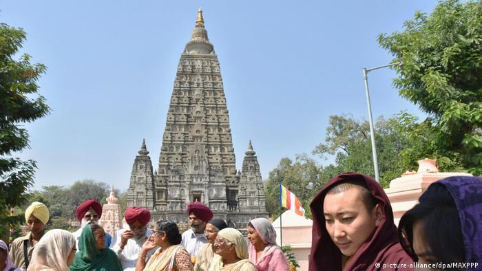 Indien Tempel in Bodhgaya (picture-alliance/dpa/MAXPPP)