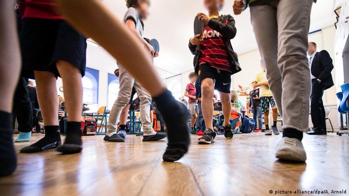 Grundschule in Hessen (picture-alliance/dpa/A. Arnold)
