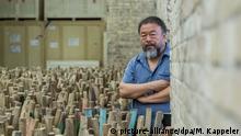 Deutschland Berlin - Ai Weiwei in seinem Studio