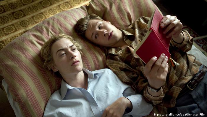 Film-still with Kate Winslet and David Kross