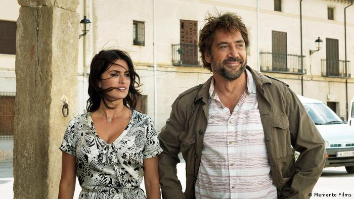 Javier Bardem and Penelope Cruz in a film still (Memento Films)