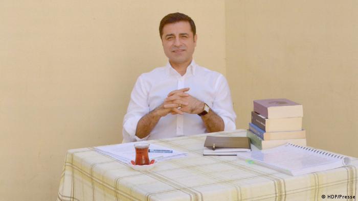 HDP'nin eski Eş Genel Başkanı Selahattin Demirtaş