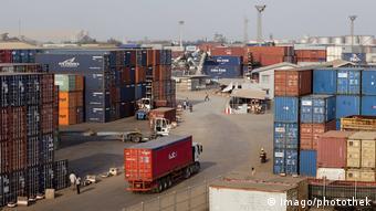 Le Groupe Bolloré est opérateur de terminal à conteneurs à Lomé.